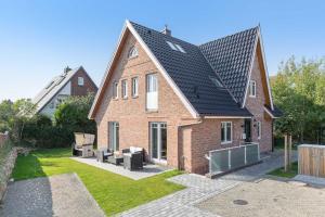 Wohnen und Mee(h)r App 1, Apartmanok  Wenningstedt - big - 10