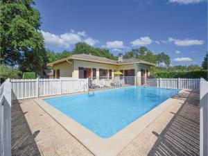 Holiday home A. Pouchiou, Ferienhäuser - Garrosse