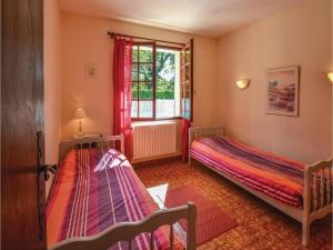 Holiday home A. Pouchiou, Ferienhäuser  Garrosse - big - 7