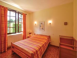 Holiday home A. Pouchiou, Ferienhäuser  Garrosse - big - 6