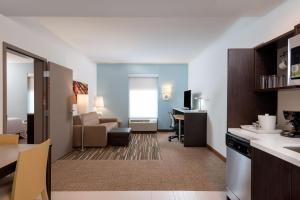 Home2 Suites by Hilton Charlotte University Research Park, Hotely  Charlotte - big - 22