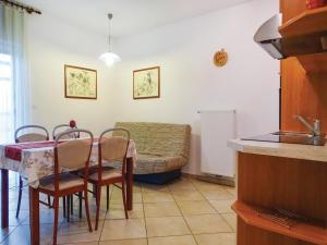 Apartment Stari trg ob Kolpi 06
