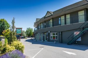 Summerland Motel - Accommodation - Summerland