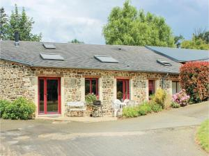 Two-Bedroom Holiday Home in Le Theil de Bretagne - Vitré