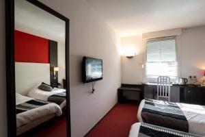Hotel The Originals Bourg-en-Bresse Nord Le Pillebois (ex Inter-Hotel), Szállodák  Montrevel-en-Bresse - big - 21