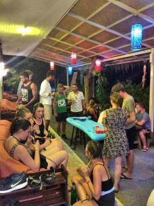 Smile Hostel Koh Phangan, Hostelek  Bantaj - big - 33