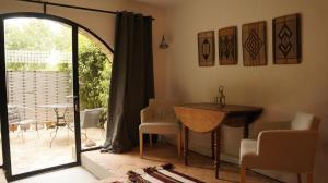 hotel-de-la-santoline