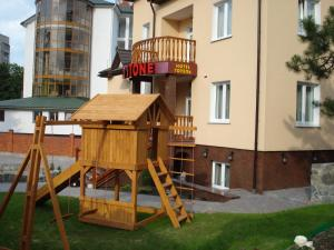 Red Stone, Hotels  Truskavets - big - 44