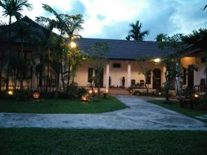 Villa Thakhek, Penziony  Thakhek - big - 128