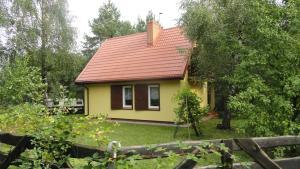 Domek nad jeziorem Rumian