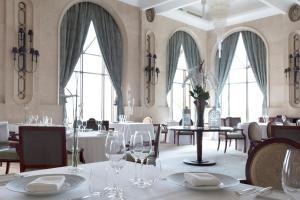 Shangri-La Hotel Qaryat Al Beri (16 of 46)