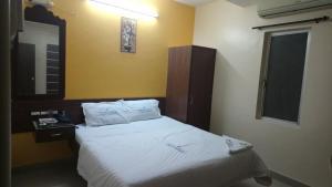 Hotel Jothi - Podanūr Junction