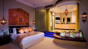 Shangri-La Hotel Qaryat Al Beri (37 of 46)