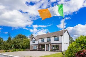 Lios Na Manach Farmhouse B&B - Killarney