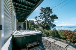 The Beach House - Oneroa Beach, Prázdninové domy  Oneroa - big - 31
