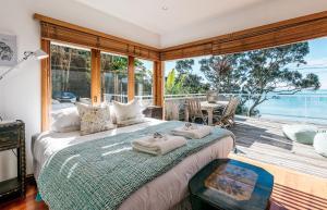 The Beach House - Oneroa Beach, Prázdninové domy  Oneroa - big - 27