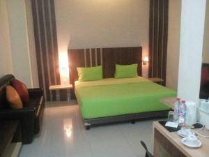 City Hotel, Hotel  Tasikmalaya - big - 78