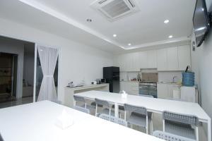 Mk House Scbd, Penzióny  Jakarta - big - 30