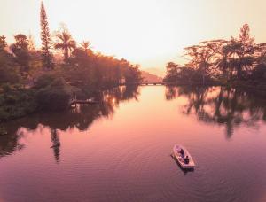 Amaya Hunas Falls - Elkaduwa