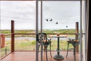 Sea Spray Chalet, Apartments  Muizenberg - big - 10