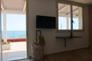 Domina Fluctuum - Penthouse in Salerno Amalfi Coast, Appartamenti  Salerno - big - 3