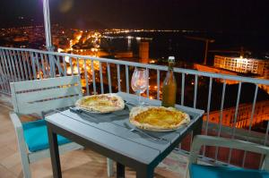 Domina Fluctuum - Penthouse in Salerno Amalfi Coast, Apartmány  Salerno - big - 6