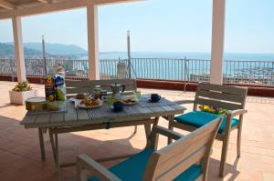 Domina Fluctuum - Penthouse in Salerno Amalfi Coast, Appartamenti  Salerno - big - 56
