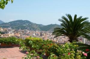 Domina Fluctuum - Penthouse in Salerno Amalfi Coast, Appartamenti  Salerno - big - 76
