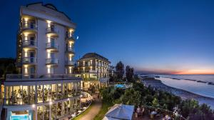 Hotel Sans Souci - AbcAlberghi.com