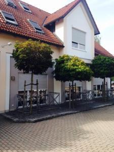 Airport Hostel - Goldach