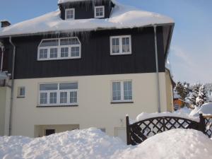 Am Dürrenbachtal - Erlbach