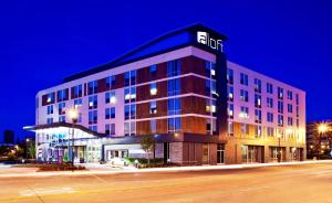 aloft Hotel Milwaukee Downtown
