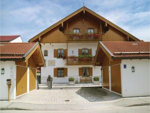 Two-Bedroom Apartment in Bad Tolz - Arzbach