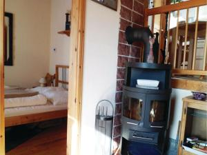 Two-Bedroom Holiday home Breidenstein with a Fireplace 04, Prázdninové domy  Breidenstein - big - 7