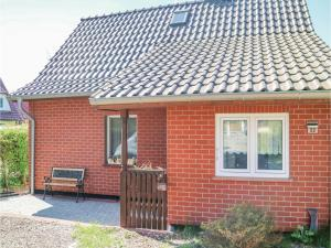 Two-Bedroom Holiday Home in Zingst - Groß Kirr