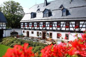 Hotel Folklorehof - Hohenstein-Ernstthal