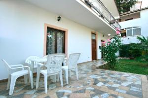 3-Bedroom Apartment in Porec Spadici