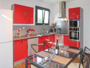 Four-Bedroom Holiday Home in Saze, Dovolenkové domy  Saze - big - 27