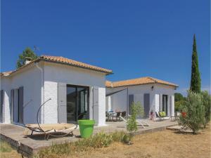 Four-Bedroom Holiday Home in Saze, Case vacanze  Saze - big - 9