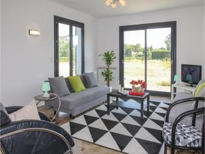 Four-Bedroom Holiday Home in Saze, Case vacanze  Saze - big - 11