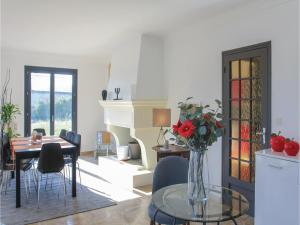 Four-Bedroom Holiday Home in Saze, Case vacanze  Saze - big - 12
