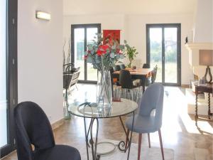 Four-Bedroom Holiday Home in Saze, Case vacanze  Saze - big - 13