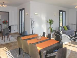 Four-Bedroom Holiday Home in Saze, Case vacanze  Saze - big - 15