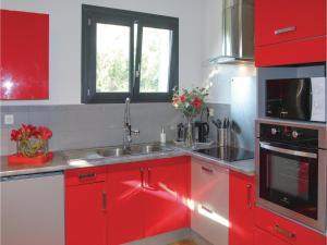 Four-Bedroom Holiday Home in Saze, Dovolenkové domy  Saze - big - 29