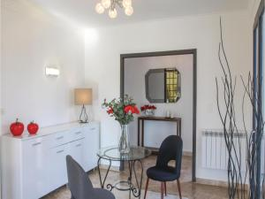 Four-Bedroom Holiday Home in Saze, Case vacanze  Saze - big - 17