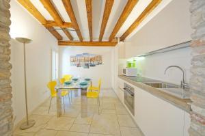 Apartment N. 393 - AbcAlberghi.com