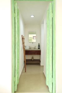 Residencia Gorila, Apartmanhotelek  Tulum - big - 170