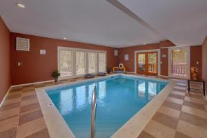 Sweet Tranquility Pool Lodge - Apartment - Cosby