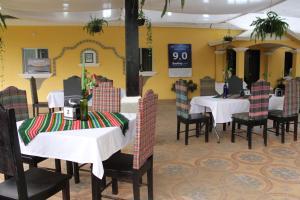 Hotel y Restaurante Eco - Chibulbult, Szállodák  Cobán - big - 43