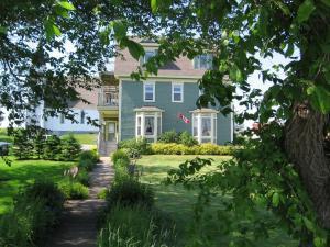 . Louisbourg Heritage House